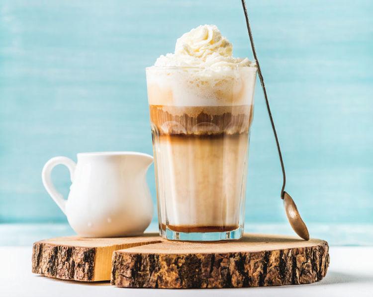 latte s liskovym oriskem
