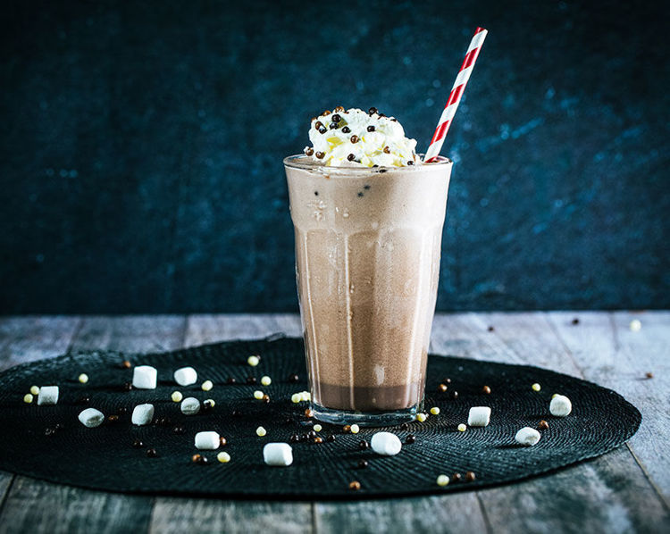 fluffy mallow chocolate milkshake